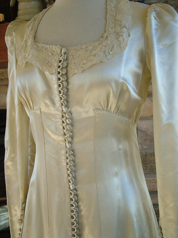 Wedding dress vintage slipper satin camelot 1940s 1930s for Silk vintage wedding dresses