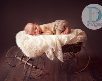 Newborn photo prop, Newborn/ baby diaper cover, Can be made in many colors, photography props, newborn boy, newborn girl