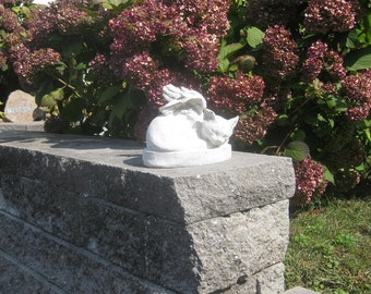 Sleeping Cat Angel Statue   Concrete (Shipping East Of Mississippi River)