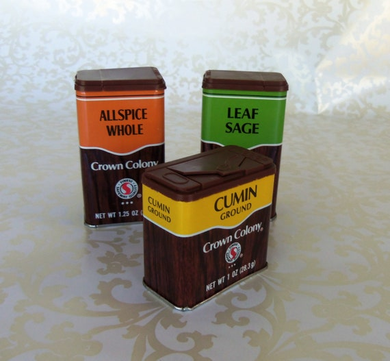 Vintage set of three spice tins from the 70 39 s by bunnysluck for Retro kitchen set of 6 spice tins