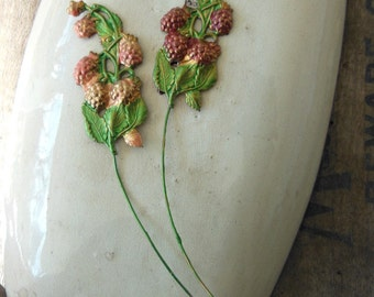 French Country Raspberry Wire (2 pc)