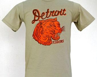 Detroit Tigers // vintage 1935 penant inspired design // xs-2xl // khaki shirt