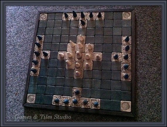 Tafl - . Hnefatafl - Celtic Royal Game board, Viking game -Wood base- ceramic tiles/ 11x11/ with light grey and dark green / - Made to order