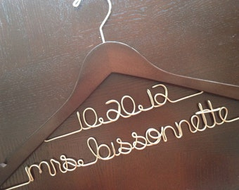 Unique Gift for Bride to Be, Engagement Gift for Bride, Personalized Hanger, Wedding Photo Prop, Wedding Dress Hanger, Bridal Shower Gift