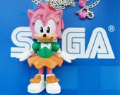 Amy Rose long silver necklace with pink crystal clasp detail - Sonic the Hedgehog Series