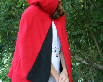 Red Riding Hood Capelet