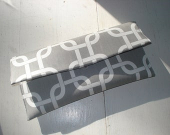 Gray and White Links Clutch- Wedding Clutch, Bridesmaid Clutch, Gray Clutch, Gray and White