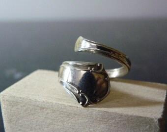 SALE Vintage Silver Simple Flatware Wrap Ring