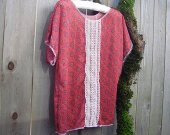 Romantic Lacey Batwing Blouse/ Womens Tops Poly Stretch Knit Brick Geometric Print