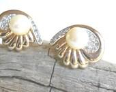 Vintage designer signed Panetta Pearl earrings, Bridal jewelry, vintage Rhinestone earrings
