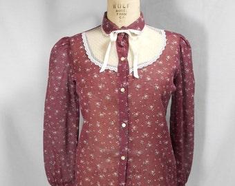 vintage 1970s floral lace blouse / size medium