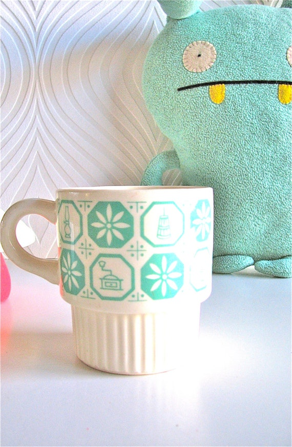 Vintage Mint Patterned cup mug
