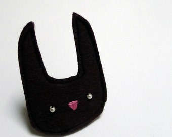 brown rabbit brooch