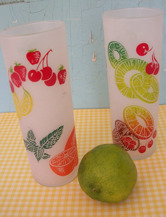 Vintage Federal Glass Tall Frosted Glasses with fruit pattern  Zombie glass  Ice Tea Glass  Drink Glass set of 2