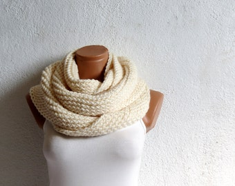 Easy Hooded Scarf Crochet Pattern: Comfy! - DIY Crafts w/ FCG