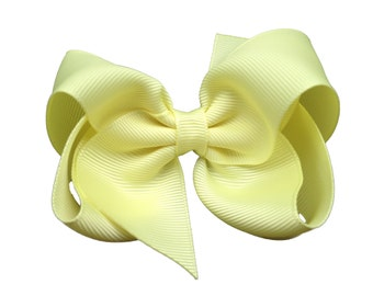 Light yellow hair bow - light yellow bow, 4 inch bows, boutique bows, girls hair bows, girls bows, toddler bows, yellow bows, hair clips