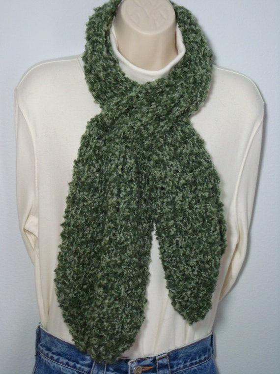 Knitting Pattern For Pull Through Scarf : Knit Loom Knitted Pull Through Scarf