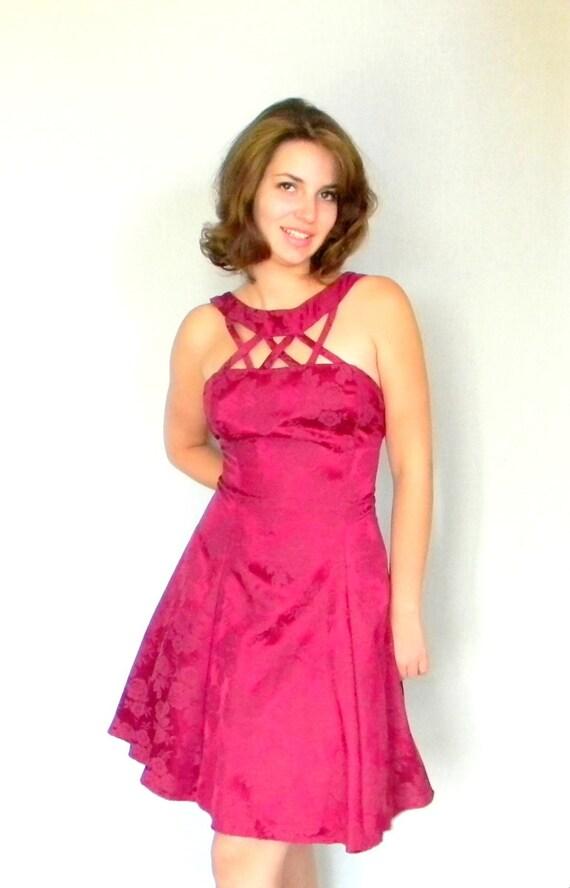 Hot Pink Party Dress. 80s Brocade Dress. Cocktail Dress.  Medium Size. Ruby Dress. Raspberry. Mad Men Fashion. Peticoat Dress.