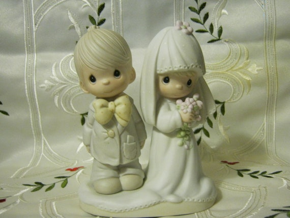 precious moment wedding cake topper precious moments wedding cake topper or figurine 18717