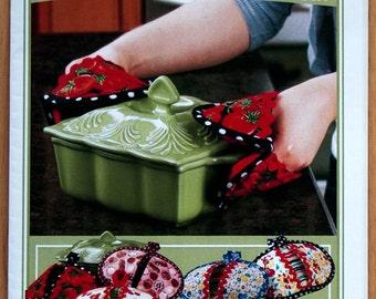 Pot Pinchers Oven Mitt Pattern to Make Potholder DIY Sewing Vanilla House Designs