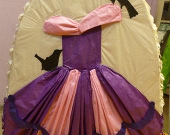 Dress Pinata