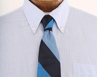 1970s The Legath Cravat Hand Tailored Blue Stripe Mens Necktie
