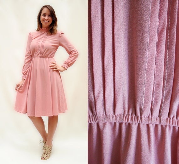 Vintage Dress - M - Pale Pink with Pleated Bodice