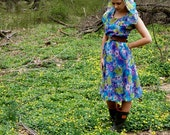 Dress/ Women/ Vintage/ Clothing/ Bold & Beautiful Silk Dress