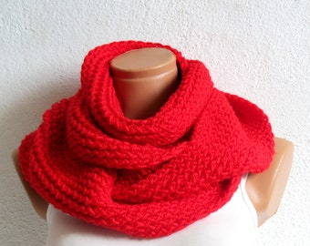 black friday sales, infinity Scarf. Block Infinity Scarf. Loop Scarf, Circle Scarf, Neck Warmer. Red Knit Infinity