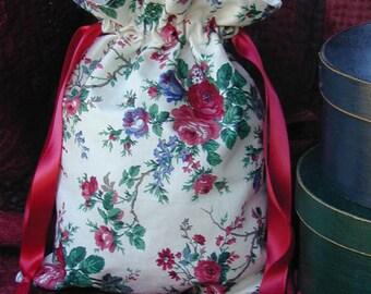 Floral Lined Drawstring Gift Bag