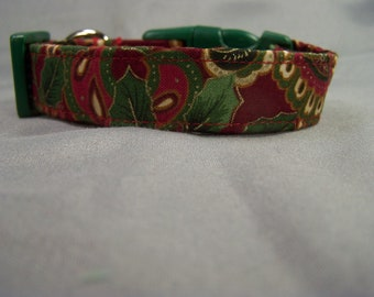 Holly and Paisley Red Christmas Dog Collar