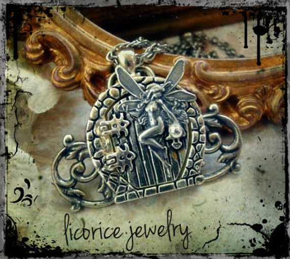 FAIRY Garden GaTe LOCKET Necklace fantasy sterling silver plated medieval filigree Door  victorian neovictorian steampunk hobbit Lotr