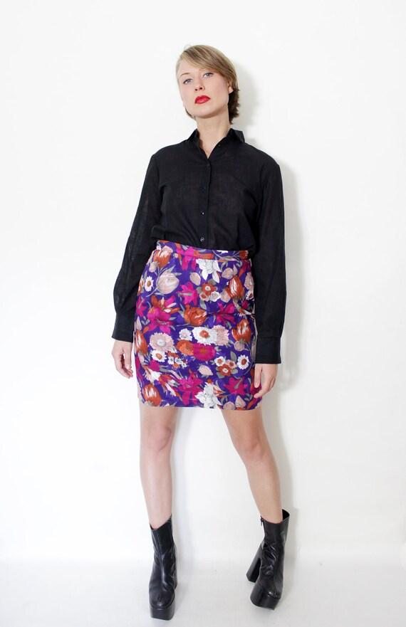 Vintage skirt / floral mini / size M