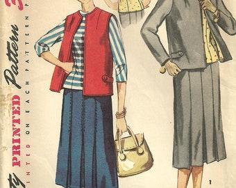 1950s Sewing Pattern / Simplicity 1015 /  Skirt Jacket Vest Suit / Size 12