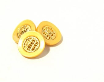 Yellow Gold Vintage Buttons - 60s 70s Plastic Metal Buttons - New Old Stock Buttons - SIX Small Yellow Buttons