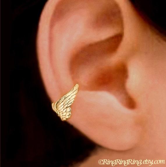 Tiny Guardian Angel Wing ear cuff Gold earrings Wing jewelry Wing earrings Wing ear cuff Small clip  Gold ear cuff for men, women C-067G