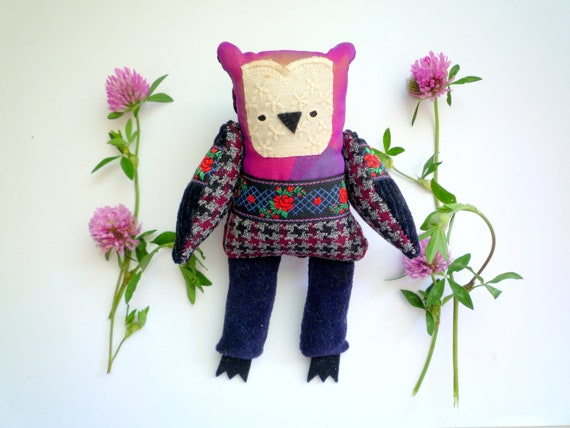 Today deal. 30 USD instead of 40 USD. Franny  - Little  owl, soft art  toy  by Wassupbrothers
