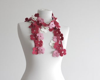 Crochet daisy scarf, Floral scarf women, Red pink cream, Crochet Lariat scarf, Crochet Leaf scarf, Neck accessories, Red Leaf scarf