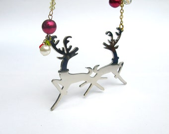 Lovely Reindeer Necklace, Christmas necklace, merry x'mas gift, swarovski elements