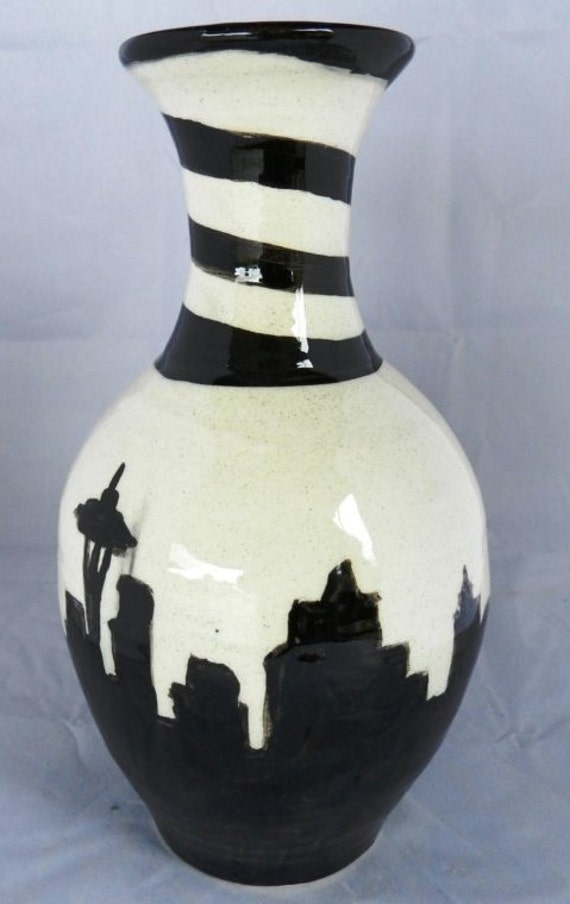 Seattle Skyline vase