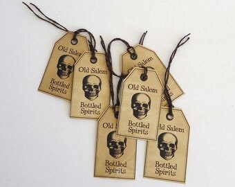 Halloween Bottle Tags, 10 wine glass hang tag, Gothic party decor, Halloween party favor, trick or treat