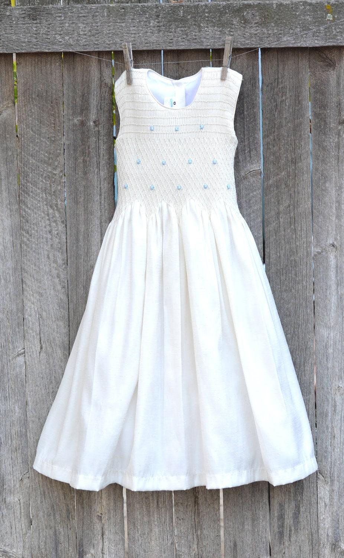 Girl Smocked Dress Ivory Flower Girl Size 7 by LindasTimeCompass