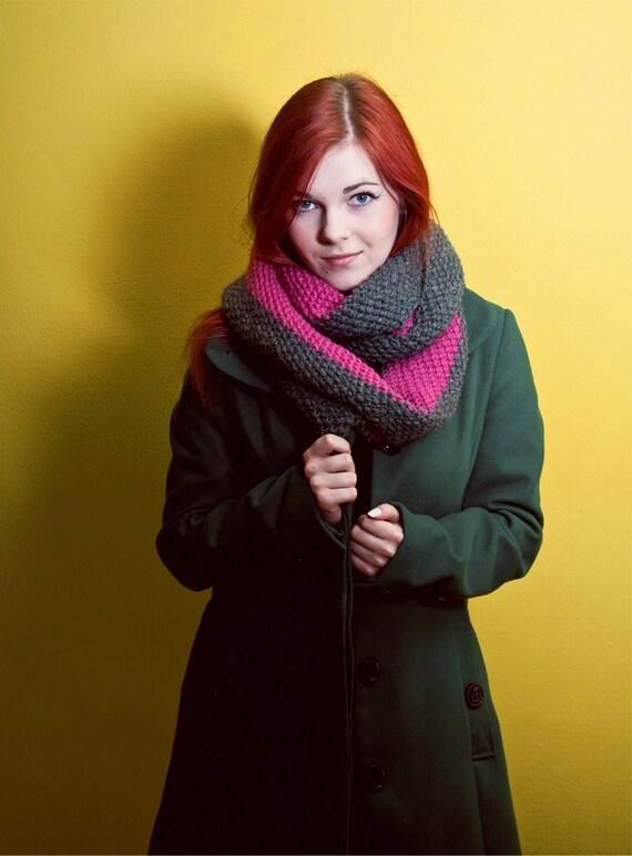 grey pink cowl knitting oversize seamless shawl thick alpaca cozy christmas