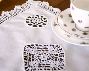French Vintage Table Mat with Crochet Inserts and Edging.