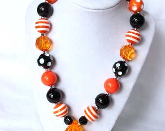 Halloween chunky bubblegum bead necklace pumpkin jack o lantern black and orange girls chunky bead necklace for girls bubble gum bead