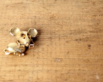 Mouse Brooch • Vintage Mouse Pin • Animal Brooch • Animal Pin • Gold Toned Brooch • Novelty Brooch • Vintage Jewelry • Animal Jewelry