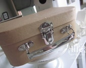 Storage suitcase for Quilled Nativity