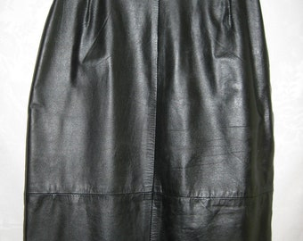 Basic Black Leather Skirt Size Small Vintage 80s