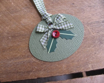 Christmas Holly Gift Tags, Primitive Green Gift Tags, Set of SIX, Christmas Gift Tags, Rustic Gift Tags, Gift Embellishment, Gift Wrap, Xmas