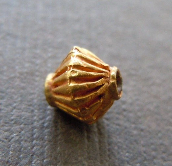 Pure 18k Gold Ridged Bicone Bead